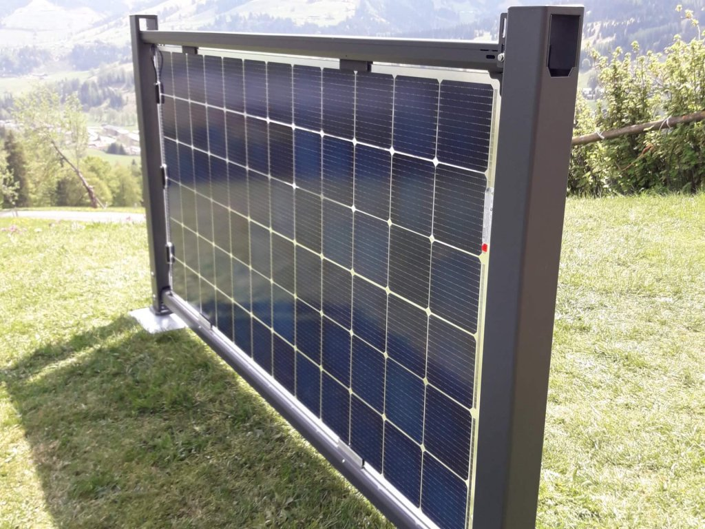 Premium version of the bifacial solar fence for the residential sector
